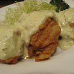 天神 わっぱ定食堂 - チキン南蛮定食590円。大きな鶏モモピースが3切れに美味しいタルタルソース。