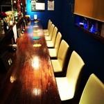 shot bar 7peace - NEW!昨年末より、椅子が増えました。