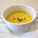 ビストロ ピック ドール - ◆スープは「冷製カボチャスープ」・・普通に美味しい。