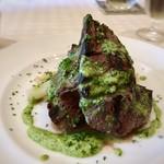 ビストロ ピック ドール - ◆炭火焼きステーキ・・ソースは見た目からすると「パセリ」「ニンニク」などを使用されているような。 お肉と頂くには薄味でしたので、もう少しインパクトが欲しいところ。