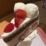 ミオール - パフェ+ケーキ!ボリューム!