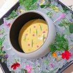 115392457 - 前菜2品目  ウニとトウモロコシのスープ