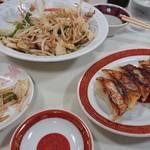 115394583 - 餃子と野菜炒め