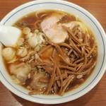 共楽 -  ワンタンメン+竹の子全景