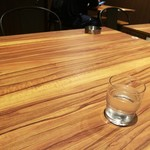 帯広炭火焼豚丼 豚吉 - テーブル席
