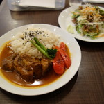 Muusa - 豚の黒ビール煮込みセット1450円