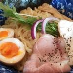 轍 - 特製つけ麺の拡大画像です、轍豊川店さんのつけ麺は超うーまーいーぞー!