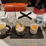 BIKiNi medi - スープ・サラダ・ドリンク。