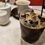 BIKiNi medi - 自分でアイスコーヒーにする。