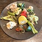 くじらぐも - ランチセットの野菜料理