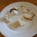 ピッツェリア ヴィスコンティ - チーズの盛り合わせ