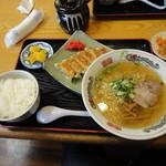あじへい - 餃子ランチ塩ラーメン714円