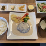 Misaki Lounge - ランチ 「ハンバーグ(クリーム風)」