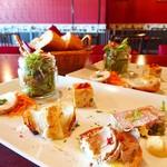 フランス家庭料理  グランダミ - ランチコース グラン・ダミ 前菜6種盛り