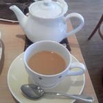 こだわり専門店 紅茶屋さん - ミルクティーにしました