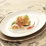 ヴィーナスコート 佐久平 - 秋刀魚のミルフィーユ ぼたんこしょうの信州味噌仕立て