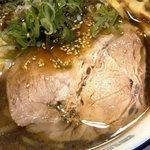 115468564 - らーめん 菊次郎 「醤油ラーメン+ワンタン」