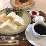 115472626 - サンドイッチモーニング¥600+小倉トースト追加料金¥200