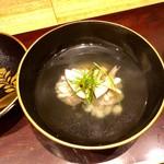 115475108 - 2019.8.  鱧と松茸のお椀