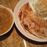 ベンガルキッチン - パロタチキンカレー