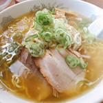 ラーメン水木 - 料理写真:鶏だし塩ラーメン