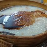 Lin Heung Tea House - こう見えて大根餅