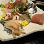 寿司国 - 料理写真:お刺身盛り合わせ