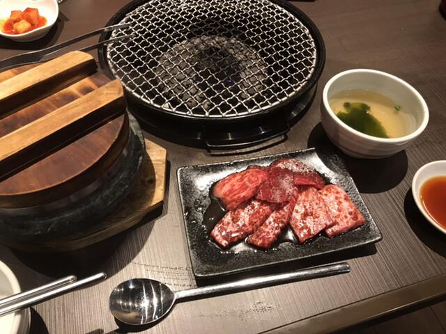 焼肉・韓国料理 KollaBo 三軒茶屋店の料理の写真