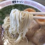 博多ラーメン 片岡屋 - 料理写真:麺リフトアップ