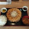餃子工房 ひまわり - 料理写真:大皿定(18ヶ)[黒餃子]とライス大盛り