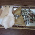 一毛餛飩 - サモサをはじめとした揚げ物たち