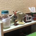 喫茶 Pine - テーブルの置物