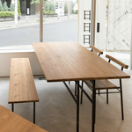 日日日 - テーブル席