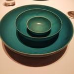 115542727 - ショープレート。一番小さいのはオリーブオイル入れに、まん中サイズのはパン皿になります。