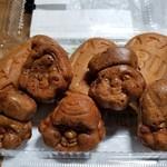 麻布十番 紀文堂 - 人形焼。
