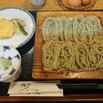 へぎそば 遊然 - 料理写真:へぎそば¥750-野菜の天ぷら付き