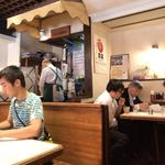 キッチンカロリー - 店内(一階席)