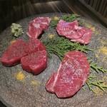 Let it Beef - 特選赤身肉盛り合わせ2名様盛り税抜4800円
