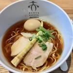 案山子 - 「鶏清湯醤油(新淡麗)」780円也。「味玉」100円也。税込。