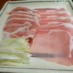 銀座しゃぶ通 - 合鴨ネギと豚ロース