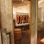 ARCH seaside cafe&bar - 外観写真:スタッフが元気いっぱいお出迎えいたします