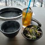 USHIABURI - サラダ・スープ・ドリンク