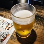 立ち呑み あたりや食堂 - 生ビール