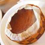 カフェ サンズ ノム - バスクチーズケーキ