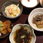 海山亭いっちょう - セット内の惣菜