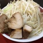 ラッキー食堂まとや - 料理写真:ゴリラー麺@710円(麺200g、野菜普通)