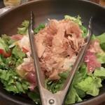 115598128 - 長いもと梅肉のサラダ