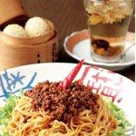 香家 - 香家オリジナルの汁なし担々麺と香港スイーツをどうぞ!