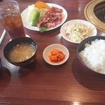 焼肉レストラン 一心亭 - 料理写真:一心亭焼肉定食(120g、ご飯大盛)@1509+54円