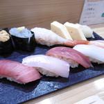 つきぢ神楽寿司 - 赤酢